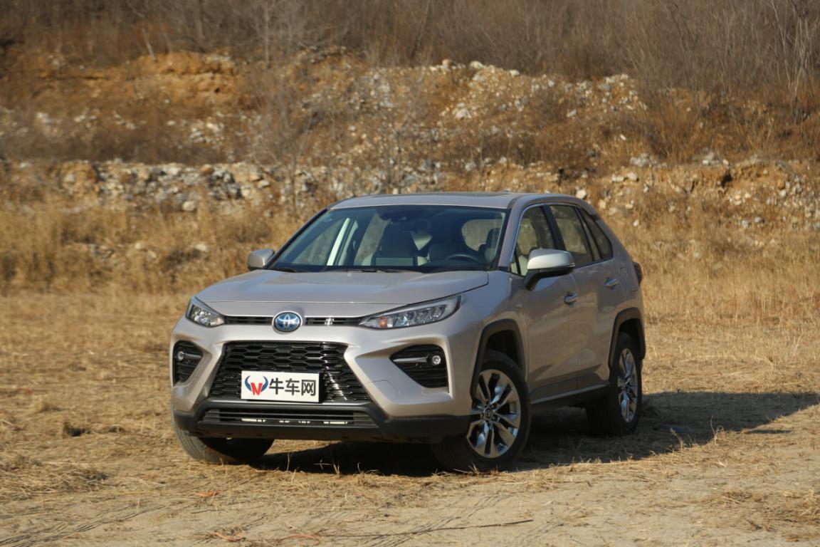 20万想买一台中型四驱SUV,广汽丰田的威兰达是否值得推荐?