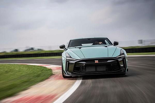 """新""""战神""""或将采用混合动力 日产全新GT-R将于2023年面世"""